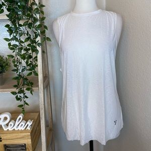 🆕Young white tank top